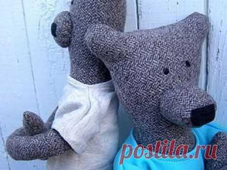 Шьем текстильных мишек Гилберта и Энджи Шьем текстильных мишек Гилберта и ЭнджиХотя дети могут дать им потом совершенно другие имена.Мишки не обидятся.