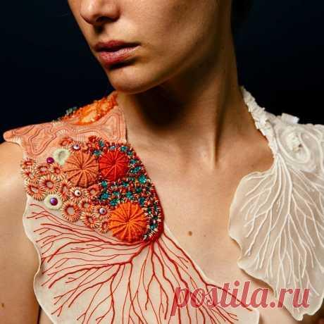 Кораллы — проект вышивки Coline Bavois | Журнал Ярмарки Мастеров