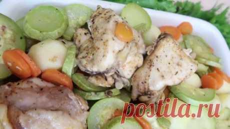 Курица в духовке с овощами в рукаве – самый вкусный рецепт
