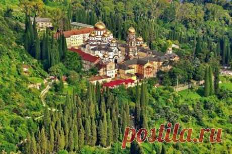 Города Абхазии для отдыха, какой выбрать, где лучше отдыхать Какие города в Абхазии для отдыха лучше, куда поехать с детьми или индивидуально, где в Абхазии отдохнуть на побережье у моря, курорты Абхазии, какие нужны документы.