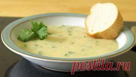 Чесночный суп из 52 зубчиков чеснока поможет победить простуду, грипп и даже норовирус