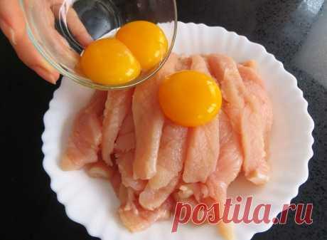 Заливаем куриную грудку яйцами. Быстро, нежно и очень вкусно! Филе получится сочным, нежным и невероятно вкусным!