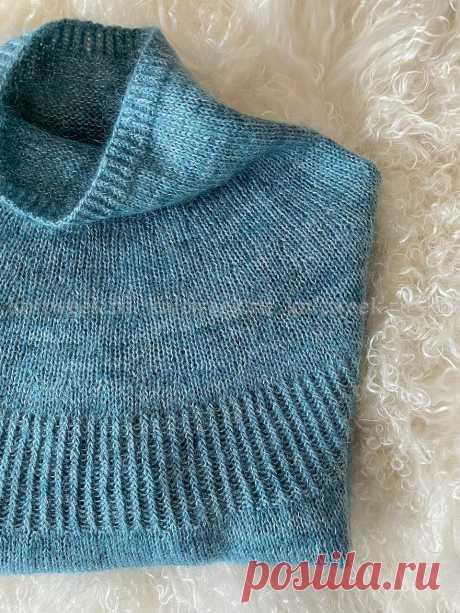"""Свитер """"Луна""""LUNA - это простой свитер, связанный сверху вниз"""