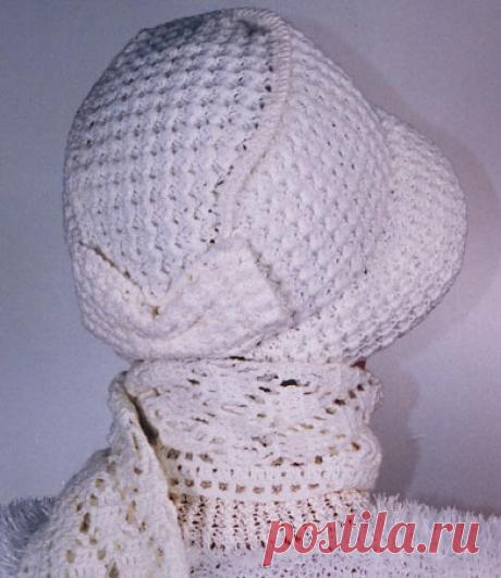 Шляпка-капор и шарф, вязаные крючком