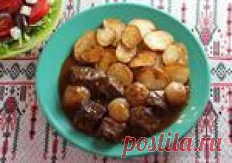 Стифадо (тушеное в густом соусе мясо) одно из самых интересных греческих блюд