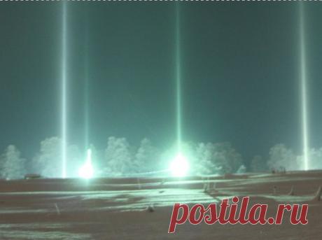 """Жители острова Валаам в Карелии наблюдали """"световые столбы"""""""