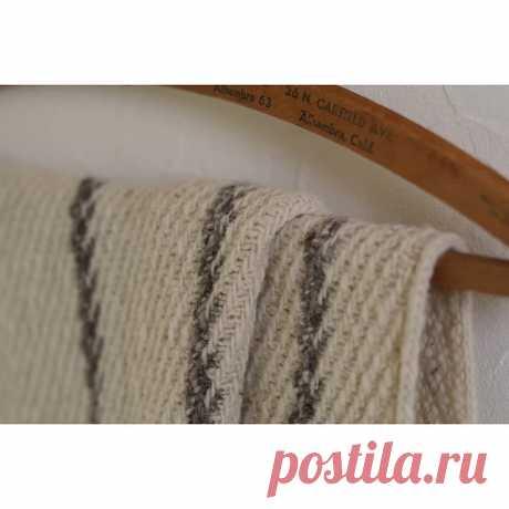 Ravelry: Ioana shawl pattern by Junko Okamoto