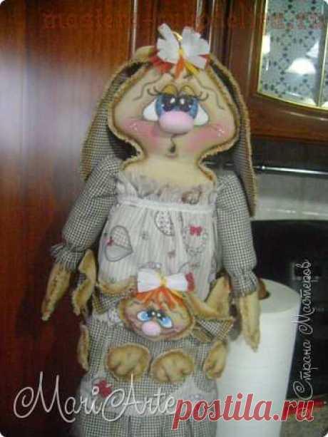 """Мастер-класс по шитью для дома: Пакетница """"Зайчиха с зайчатами"""""""
