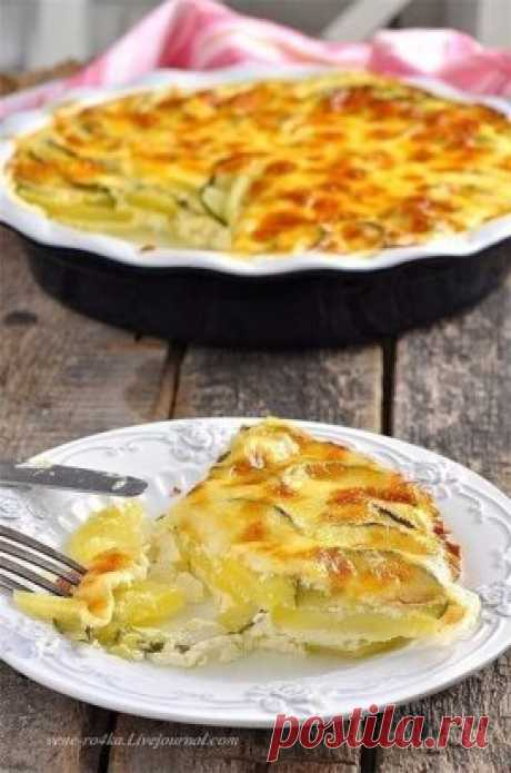 Potatoes and zucchini casserole in creamy sauce.\u000d\u000aIt easy and nourishing! If it wants to you to it meat, I recommend to serve the juicy chicken breast baked in a foil.\u000d\u000aIt will be required to you:\u000d\u000aPotatoes - 3 pieces large (500 gr.)\u000d\u000aZucchini - 1 piece average (300-400 gr.)\u000d\u000aMilk - 300 ml.,\u000d\u000aCream of 10% (to whom it is possible, you can take more fatly) - 200 ml.,\u000d\u000aEgg - 3 pieces,\u000d\u000aGarlic - 1 tooth. (it here only for aroma, sharpness any does not give),\u000d\u000aSalt - 0,5-1 tsps.\u000d\u000aThyme fresh - 2-3 branches.\u000d\u000aCheese those...