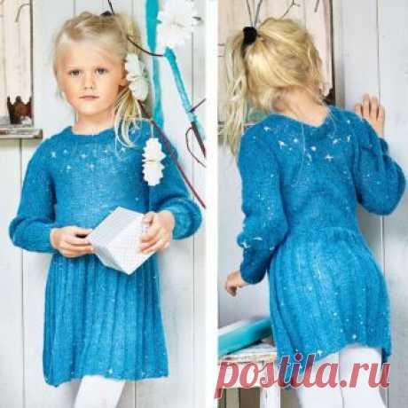 """Детское платье """"Звёздная пыль"""" Великолепная модель со звездами, вышитыми серебряной нитью на воздушном мохере."""