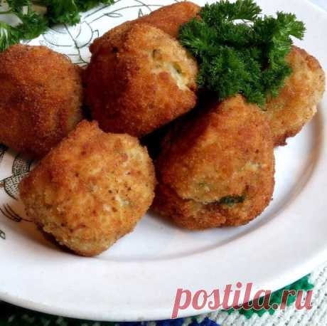 Картофельные крокеты с курицей на косточке
