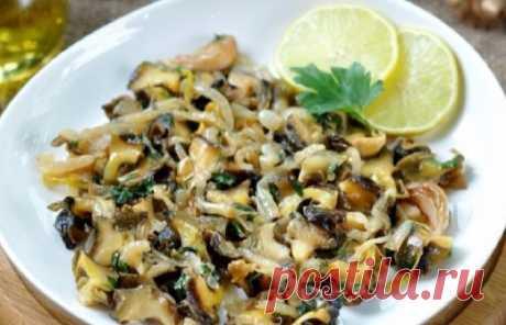 Вкусные жареные рапаны с луком: пошаговый рецепт приготовления