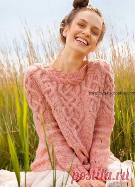 Пуловер спицами с аранами Пуловер спицами с аранами. Женский пуловер с круглой кокеткой спицами 2019