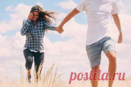 Признаки того, что в отношениях не всё гладко, пусть даже поведение мужчины кажется вам милым