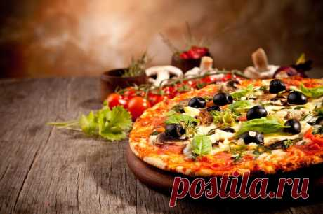 Домашняя пицца в духовке: Доставка пиццы прямо с кухни! - На Кухне Предлагаем Вам рецепт очень вкусной домашней пиццы, приготовленной в духовке. Сегодня у нас Домашняя пицца в духовке.