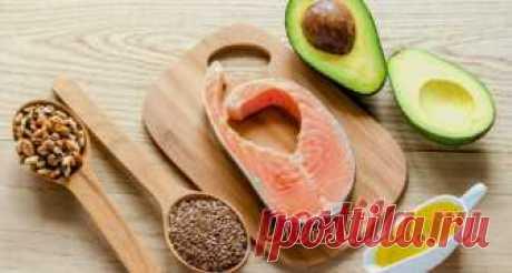 Низкоуглеводная высокожировая диета Кетоновая (кетогенная) диета характеризуется высоким содержанием жиров и низким содержанием углеводов в рационе. Кето диета ведет свою историю с 1920-х годов, когда ее начали использовать в качеств…