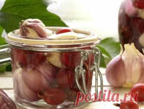 5 рецептов вкусного маринованного чеснока | Вкусные рецепты