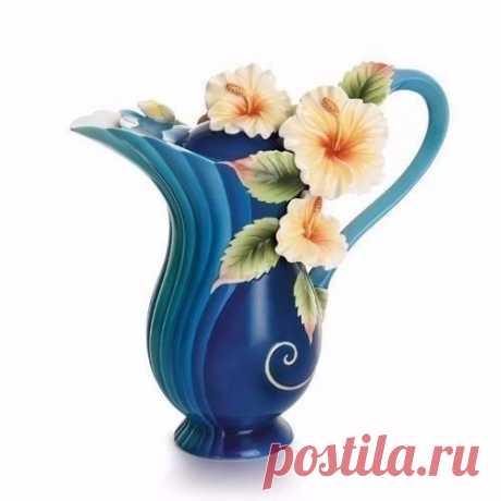 Tremendous chaynichka from Franz Porcelain