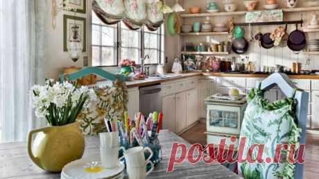 Особое внимание интерьеру кухни: идеи для воплощения в вашем доме Кухня для большинства изнас— это нетолько место, где готовится еда, ноиместо сбора... Читай дальше на сайте. Жми подробнее ➡