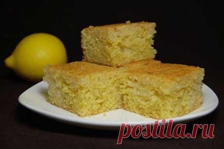 Как приготовить простой лимонный пирог из манки - рецепт, ингредиенты и фотографии