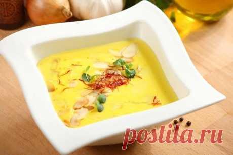Самый простой крем-суп из сметаны с миндалем – пошаговый рецепт с фото.