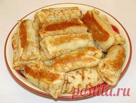 Блины с начинкой из печени   Ингредиенты  Мука- 200 граммов  Молоко 1.5%- 0,5 л  Яйцо куриное- 3 штуки  Сахар- 1 столовая ложка  Соль- 1/8 чайные ложки  Говядина (печень)- 300 граммов  Лук репчатый- 1 штука  Морковь- 1 штука  Масло сливочное- 50 граммов  Соль- по вкусу  Перец черный молотый- по вкусу