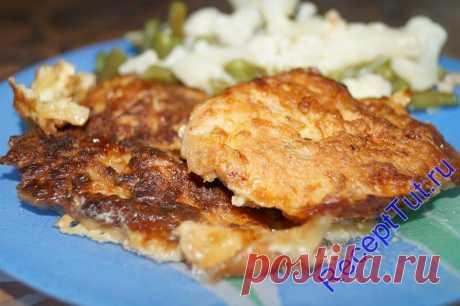 La carne de cerdo en estepario - el plato dos en uno: la carne, y la guarnición...