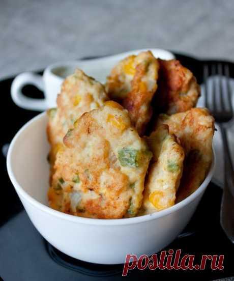 Рецепт куриных оладий с кукурузой и фасолью на Вкусном Блоге