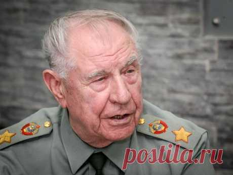 Marshall Yazov about terrible lie and the truth about Stalin \u000a\u000a\u000a\u000a\u000a\u000a\u000a\u000aConversation with the last Minister of Defence of the USSR Marshall Dmitry Timofeyevich Yazov.\u000a\u000aCorrespondent: Recently the film director Nikita Mikhalkov suggested to recognize criminal Gorbachev and Yeltsin's activity. Not …