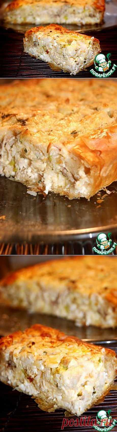 The Greek rural chicken pie - the culinary recipe