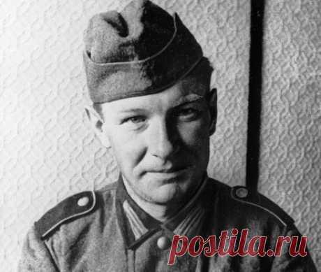 Что стало с немецким солдатом, который предупредил о войне О личности немецкого солдата Альфреда Лискова известно немногим. Только узкий круг историков и людей, которые историей интересуются, знает, что этот человек предупредил Красную армии о грядущем вторжении Гитлера.