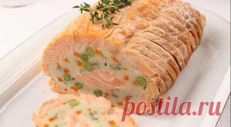 Праздничный рулет из лосося, пошаговый рецепт с фото