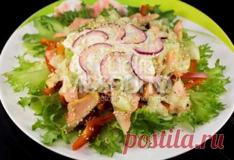 Чуть подкопченный рыбный салат