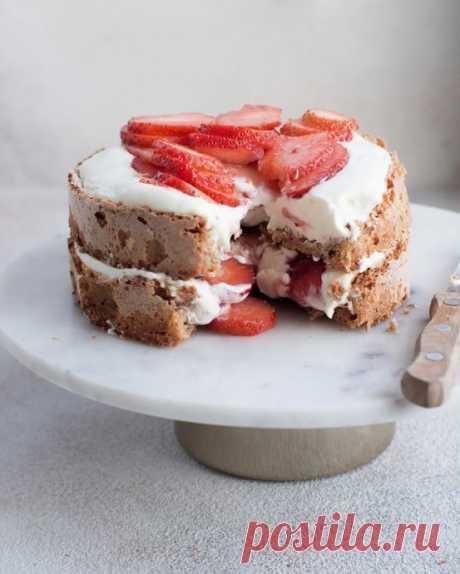 Торт с безе и сливочным кремом