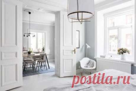 Очаровательная квартира с легкими пастельными штрихами в Швеции (70 кв. м) С первого взгляда кажется, что интерьер этой квартиры в Швеции полностью белый. Но при внимательном рассмотрении можно наблюдать легкие еле заметные штрихи пастельных оттенков по всему дому: в покраск...