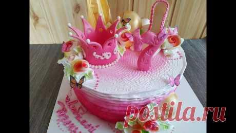 Белково- заварное украшение торта .Пошагово.Розы из крема.Шоколадный, мастичный декор.Юлия Клочкова. В этом видео я покажу как украсить торт белково-заварным кремом.Сделаю декор из шоколада и мастики,а также розы из крема.Домашний торт- это здорово!!!!!!!Спа...