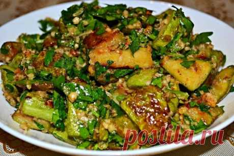 Vegetable marrows with juicy gas station are a dish which it is just impossible to refuse.