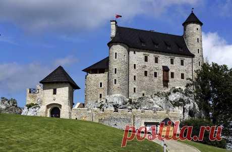 Замки Польши:Боболице (Bobolice Castle)