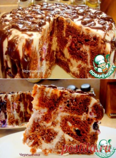 Шоколадный торт с творожно-йогуртовым кремом - кулинарный рецепт Яйцо куриное (для бисквита) — 3 шт Сахар (для бисквита - 200г; для крема - 200г; для глазури - 4ст.л) — 480 г Сметана (для бисквита) — 200 г Мука  ( бисквит) — 160 г Какао-порошок ( бисквит - 3 ст.л; глазурь - 3 ст.л) — 6 ст. л. Разрыхлитель  ( бисквит) — 1 ч. л. Сода ( бисквит) — 1 ч. л. Творог (крем) — 200 г Йогурт (  крем) — 300 г Желатин ( крем) — 15 г