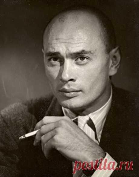 Юл Бриннер, 11 июля, 1920 • 10 октября 1985