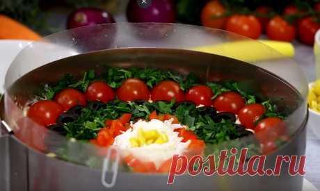Бесподобный многослойный салат «Гость за столом»