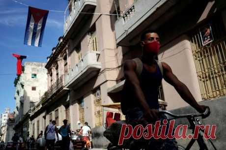 Остров свободы от COVID-19. Как бедная Куба останавливает коронавирус В отличие от других латиноамериканских стран, где от инфекции умерли десятки тысяч людей, остров Свободы пока держится: и даже разрабатывает свою вакцину. Ещё со времён Фиделя местная медицина известна своей эффективностью.