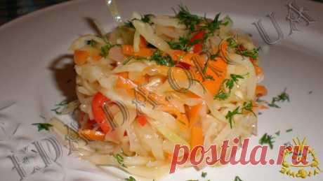 Маринованный капустный салат, который хочется есть, есть и есть. Ну просто не оторваться. .