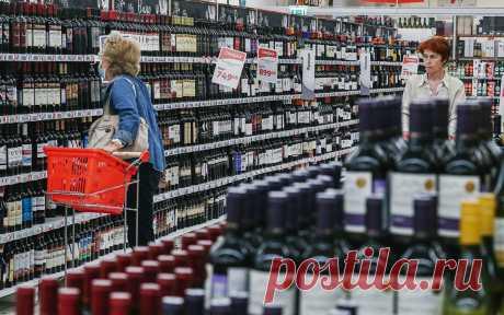 Роскачество предупредило об увеличении цен на вино и виноград. Из-за климатических проблем цены на виноград в этом году увеличатся по меньшей мере на 30%, а на вино — 15–20% за бутылку, считают эксперты Роскачества.