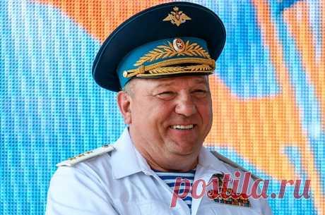 Генерал-полковник Владимир Шаманов. Досье Командующий ВДВ Владимир Шаманов возглавит комитет по обороне.