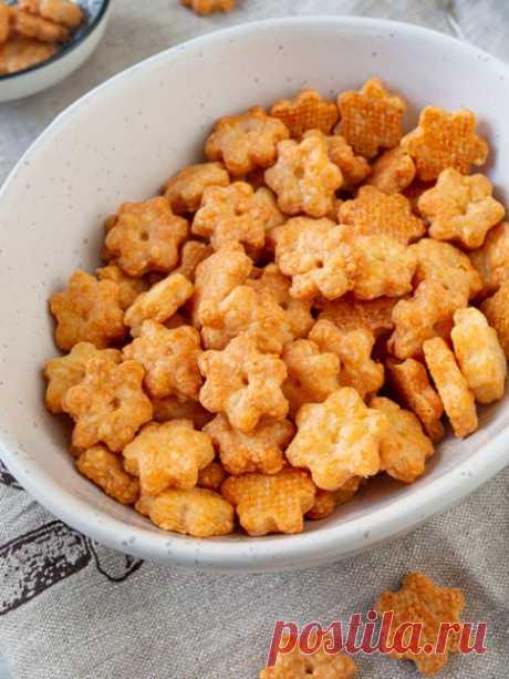 Рецепт сырных крекеров на Вкусном Блоге
