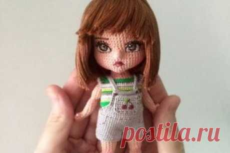 Амигуруми ОксаныСомати Мастерица Оксана Сомати создает кукол-амигуруми — изящных существ, которых вяжет с помощью тонкого крючка. Она не проводит мастер-классов и не продает выкроек, чаще рассылает готовые работы и иногд…