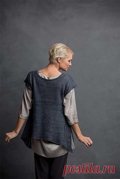 Элегантная туника AVILA TEE от Аманда Белл.  Струящаяся, простая, удобная туника для современной женщины.