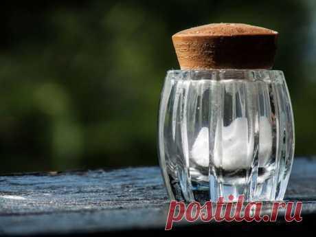 10 секретов, как с помощью соли очистить любую поверхность / Все для женщины