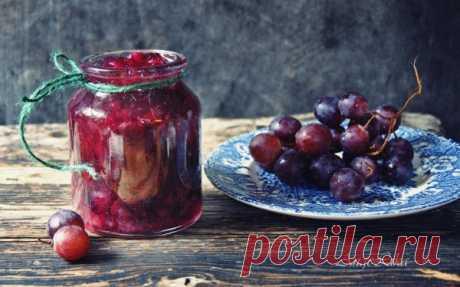 Виноградное варенье Еще один способ варения варенья . Обычно использую его для клубники , ягоды получаются прозрачные , сохраняют свою форму ,ну а пектин позволяет сохранить больше витаминов  , чем при долгом варении с большим количеством сахара .      …